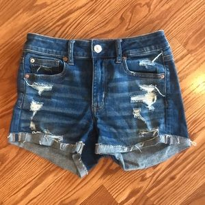 American Eagle Distressed Hi-Rise Shortie Size 4